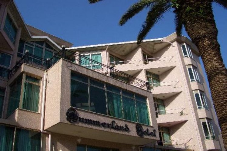 Summerland Hotel Picture